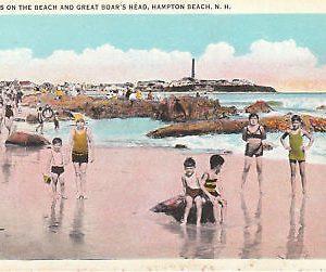 F5835 NH, Hampton Beach Great Boars Head Postcard