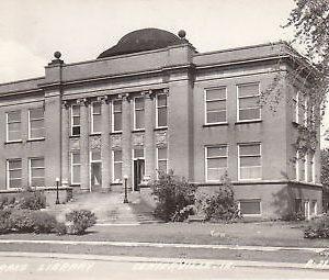 F8535 IA, Centerville Drake Library Photo Postcard