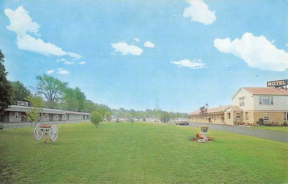 canfield ohio el patio motel street view vintage postcard. Black Bedroom Furniture Sets. Home Design Ideas